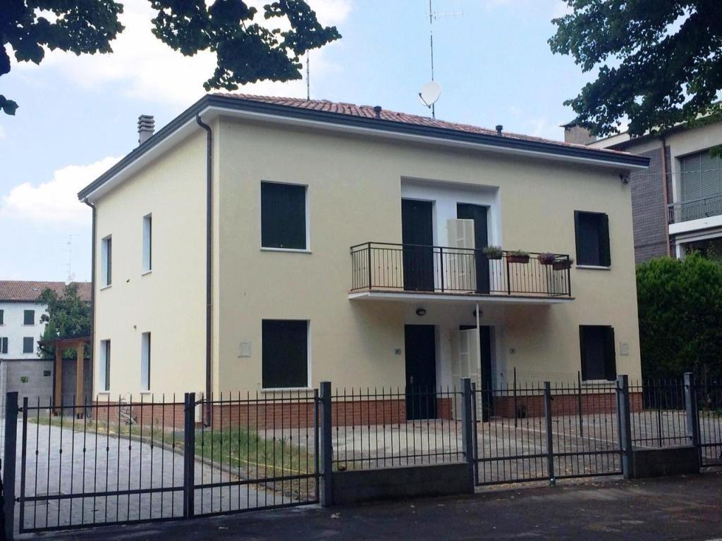 Villa abbinata in centro paese – San Martino in Rio (RE)
