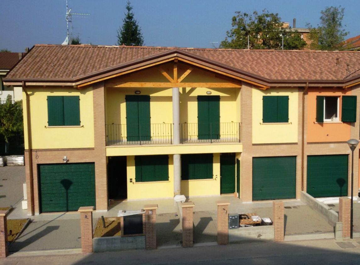 Cavriago (RE) – Villa a Schiera