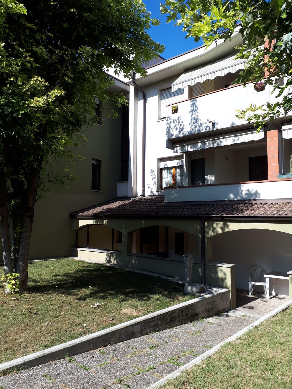 Montecchio: Appartamento in vendita in via Giuseppe Minardi